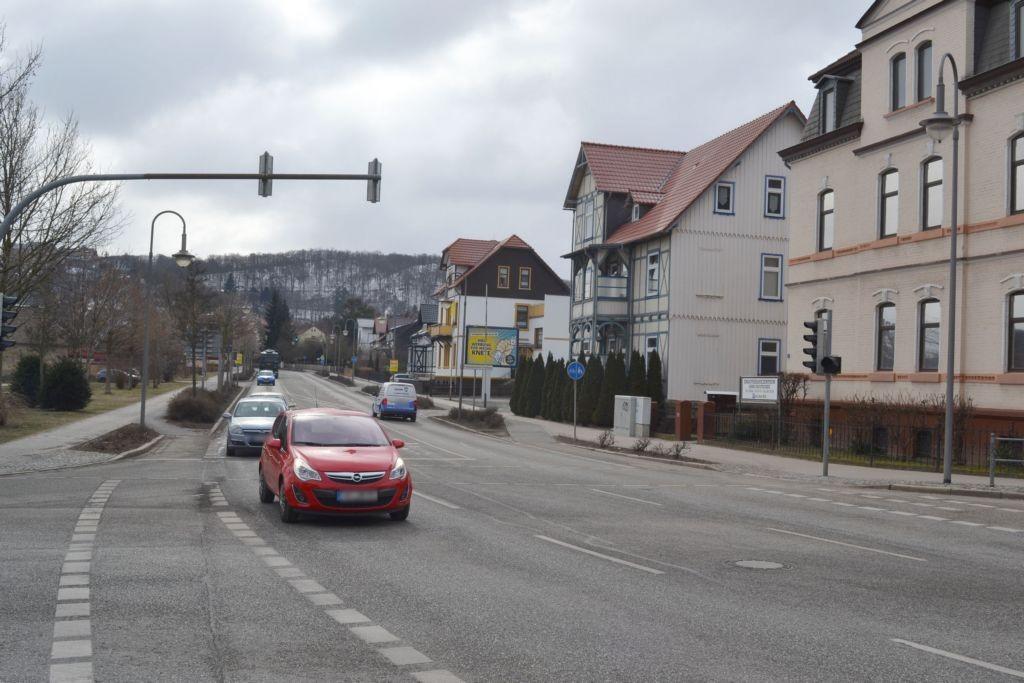 Neue Halberstäder Str  35 (B 81) ew/Friedenstr