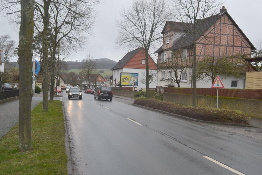 Kasseler Str  13 (B 251) ew