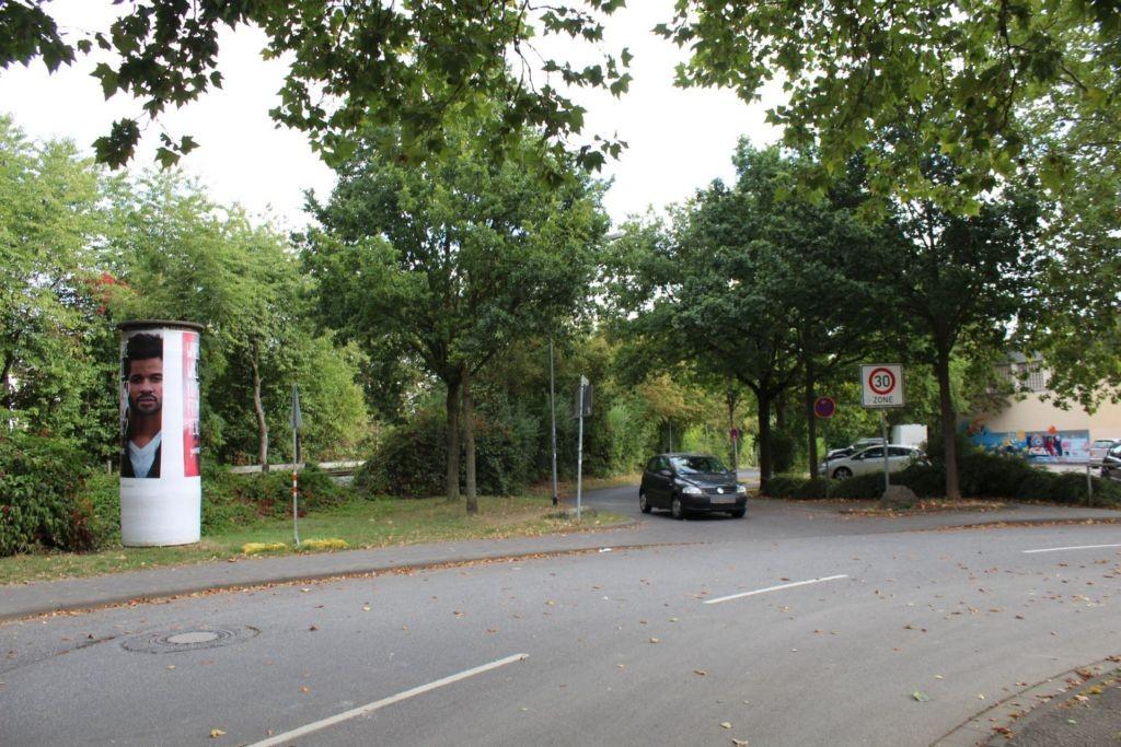 Heegstrauchweg/Altenfeldweg/-Schiffenberg