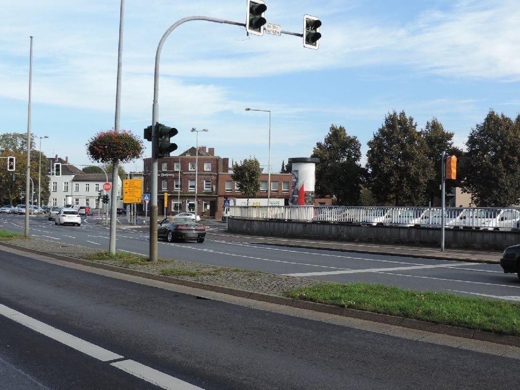 Neuer Wall/Wilhelm-Schroeder-Str