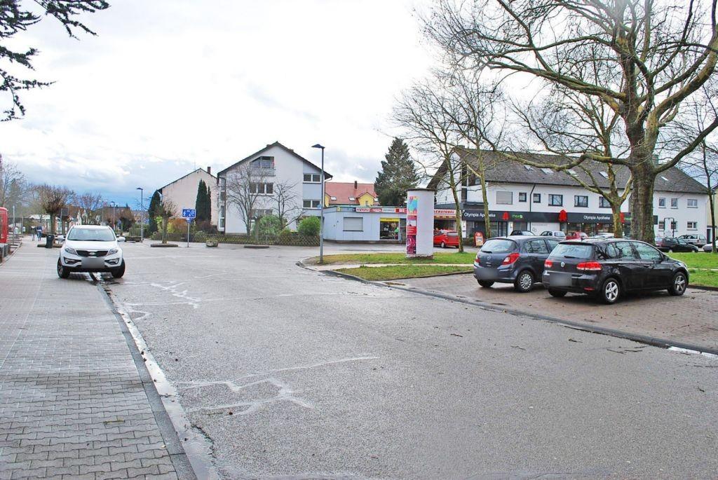 Raiffeisenplatz   5 gg/Schulstr nh