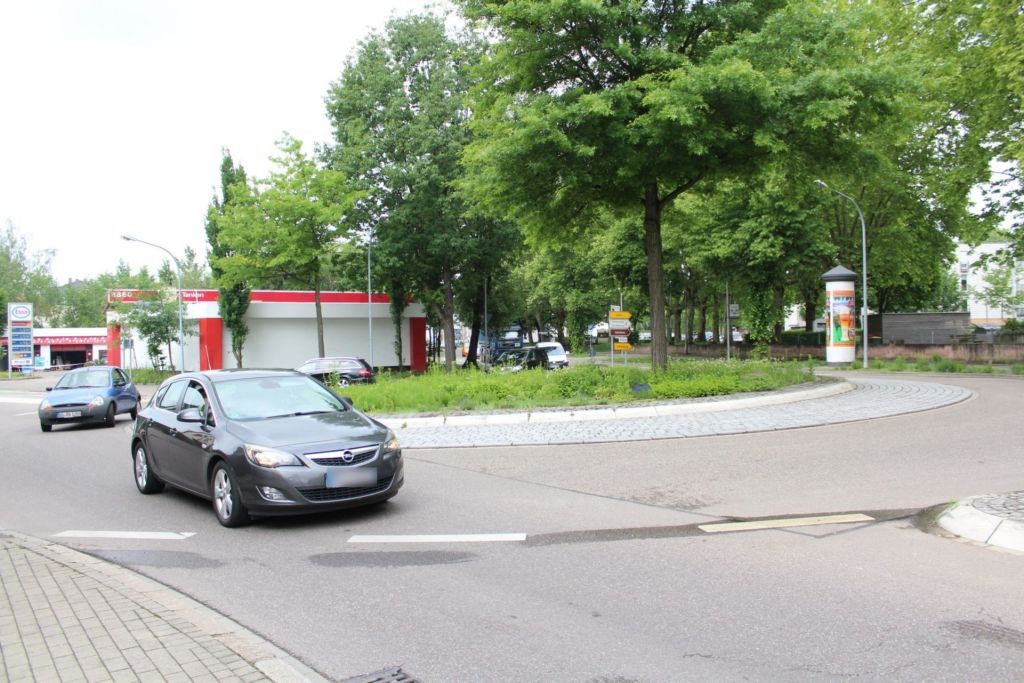 Moltkestr/Ortenberger Str 54a gg