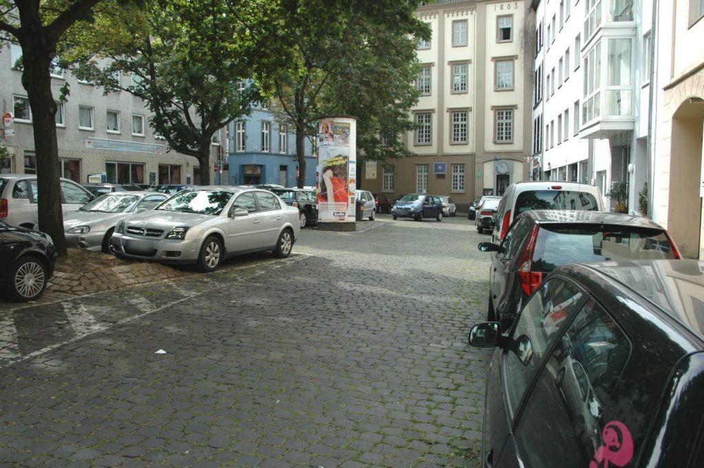 Florinsmarkt   5 (P)/Gemüsegasse gg