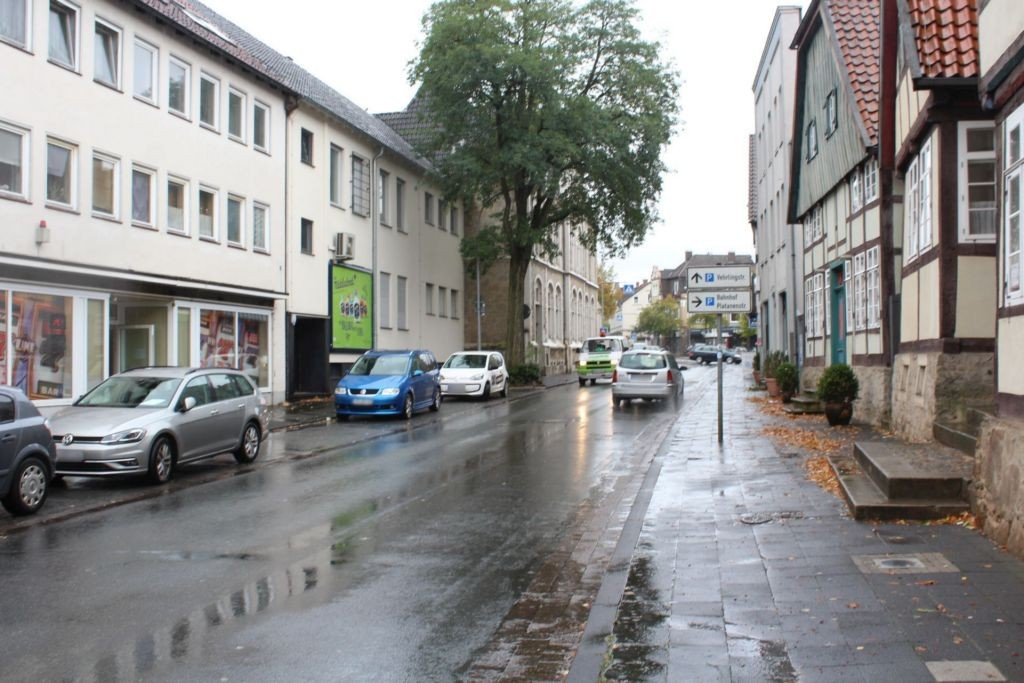 Schloßstraße 12