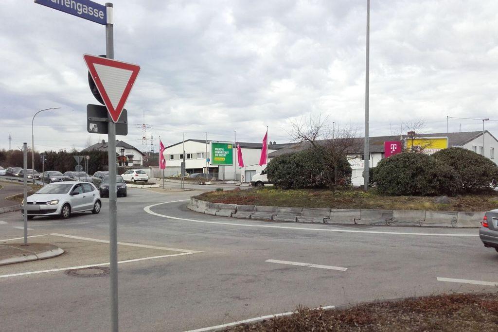 Rübenacher Str/Metternicher Weg   1 aw