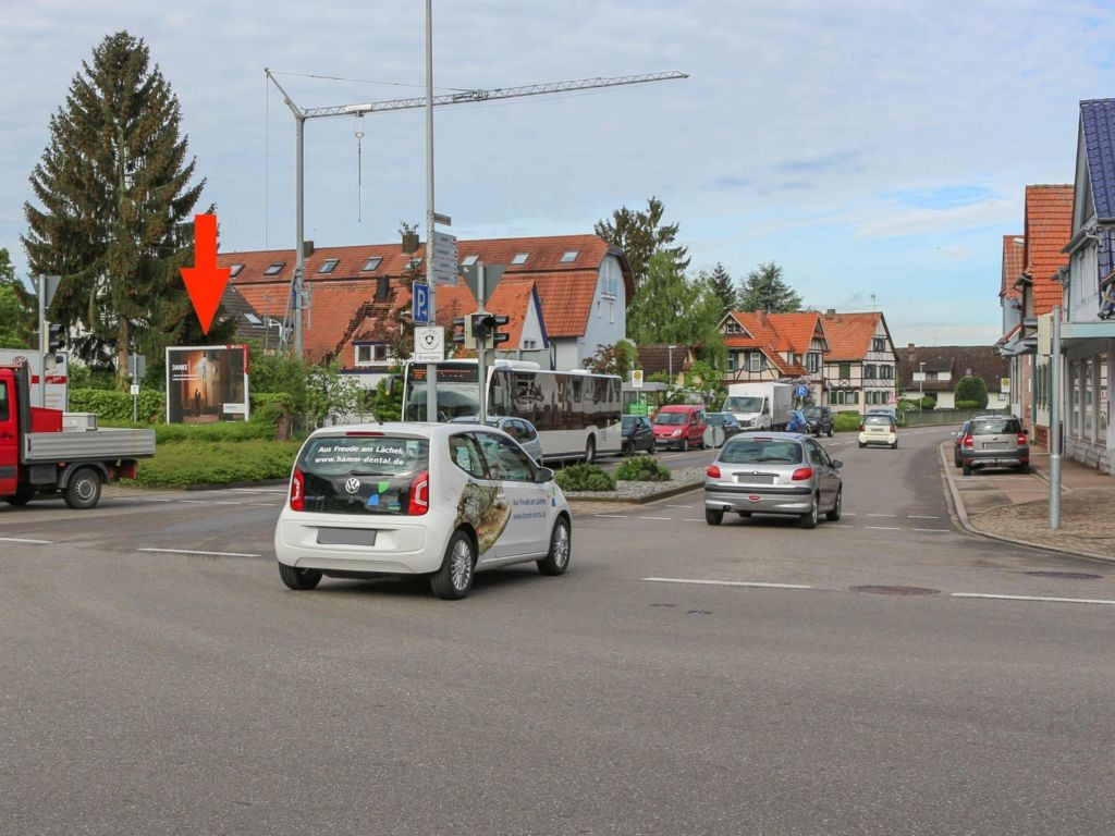 Adlerstr 2 (B 3)/Bahnhofstr