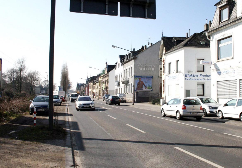 Kölner Str  30