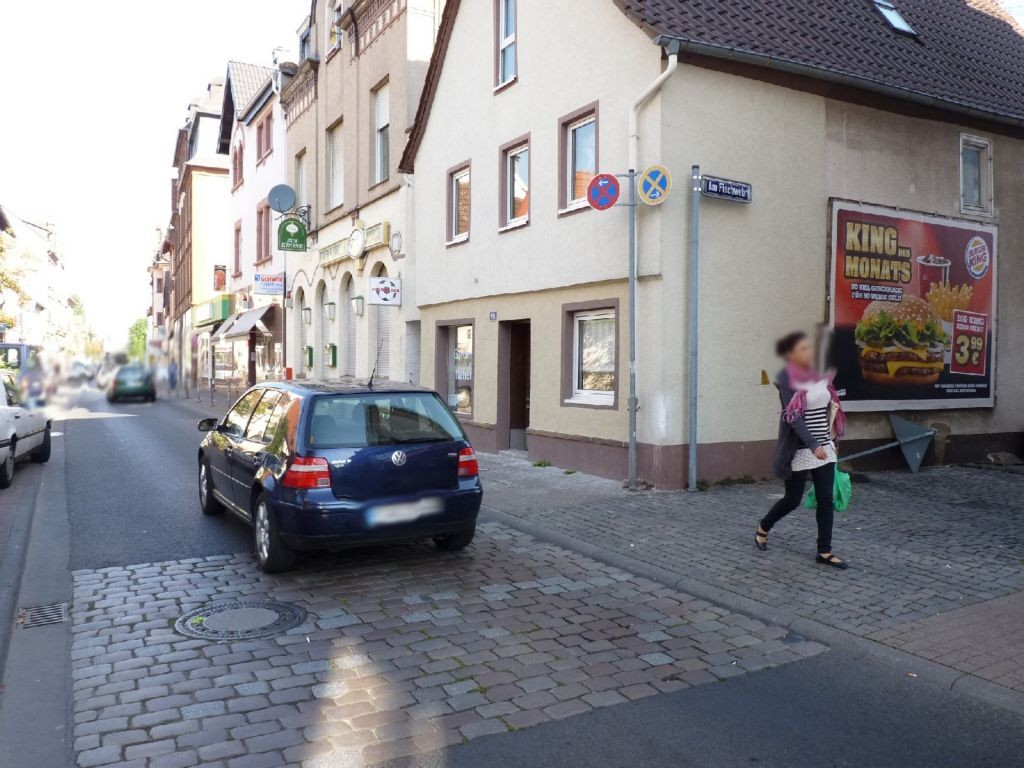 Alt Fechenheim 97 Eing. li.