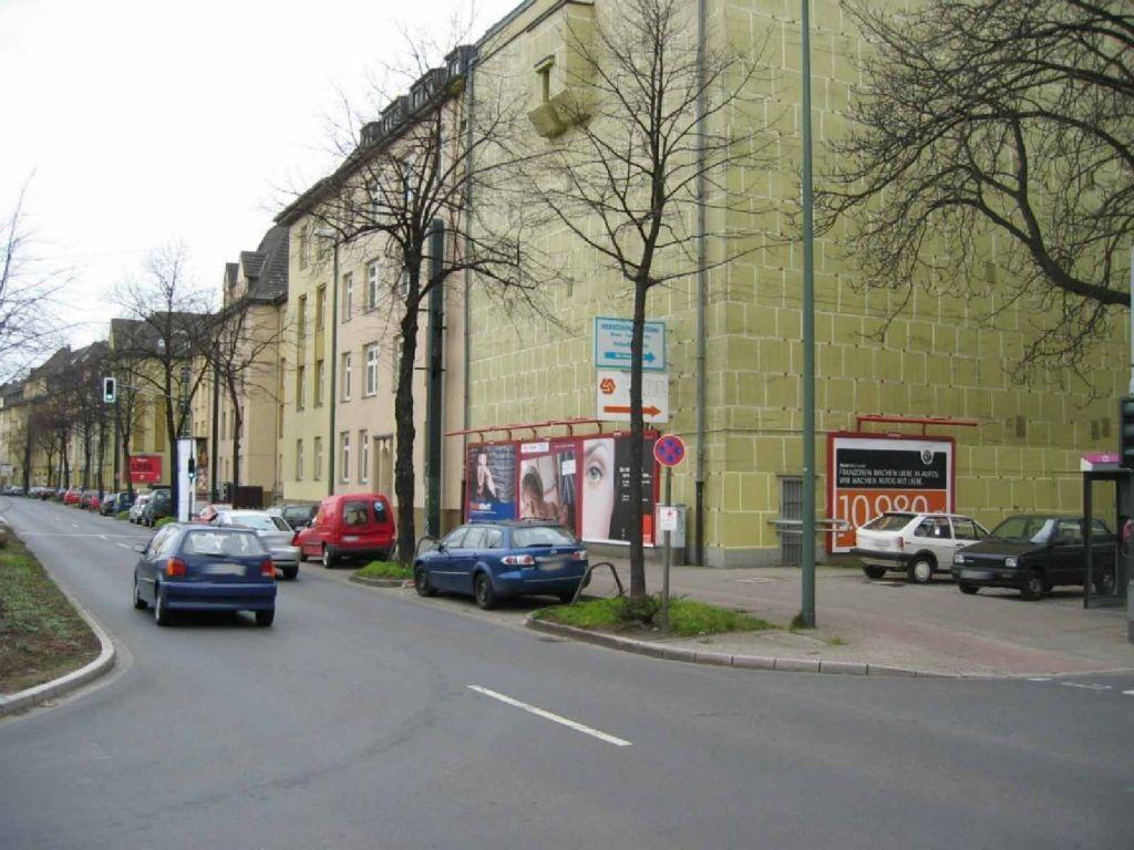 Am Bermeshau  / Erkrather Str.