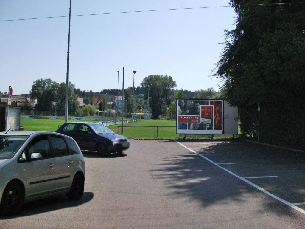 Weilerweg 20 a Sportplatz