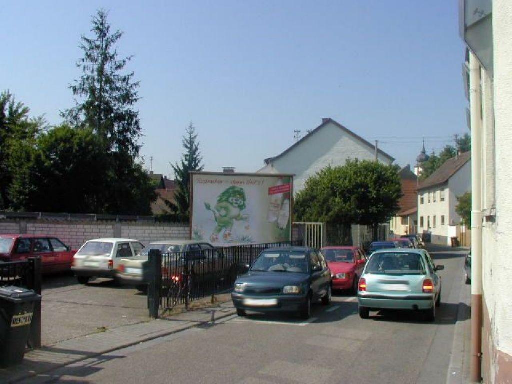 Obere Seegasse / Odenwaldstr. 24