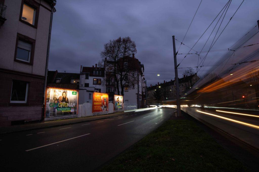 Hans-Thoma-Platz 36 (B 3)  / Berliner Str. li.