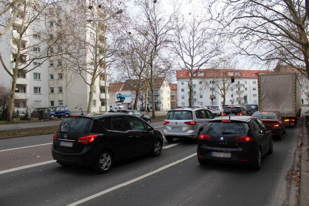 Karlsruher Str. (B 293)  / Weststr. 25 RS