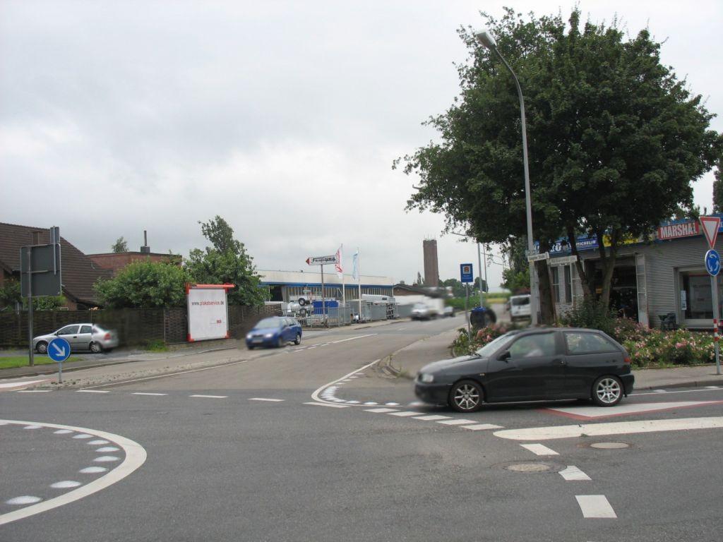 Gangelter Str. (Kreisverkehr)  (L 227) /Muldenweg 42