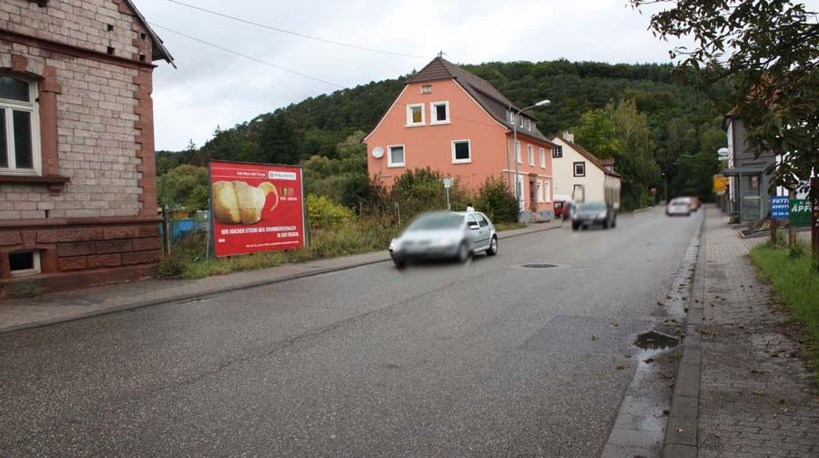 Hauptstr. neb Nr. 8