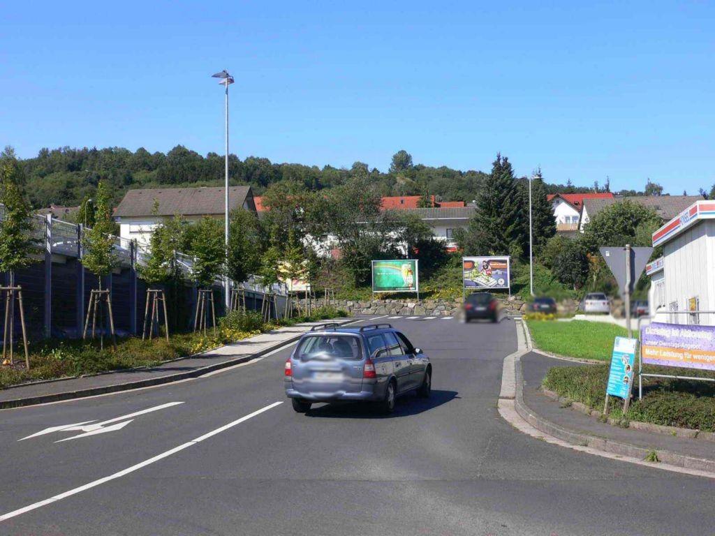 August-Vilmar-Str. 29 gg. Einfahrt links
