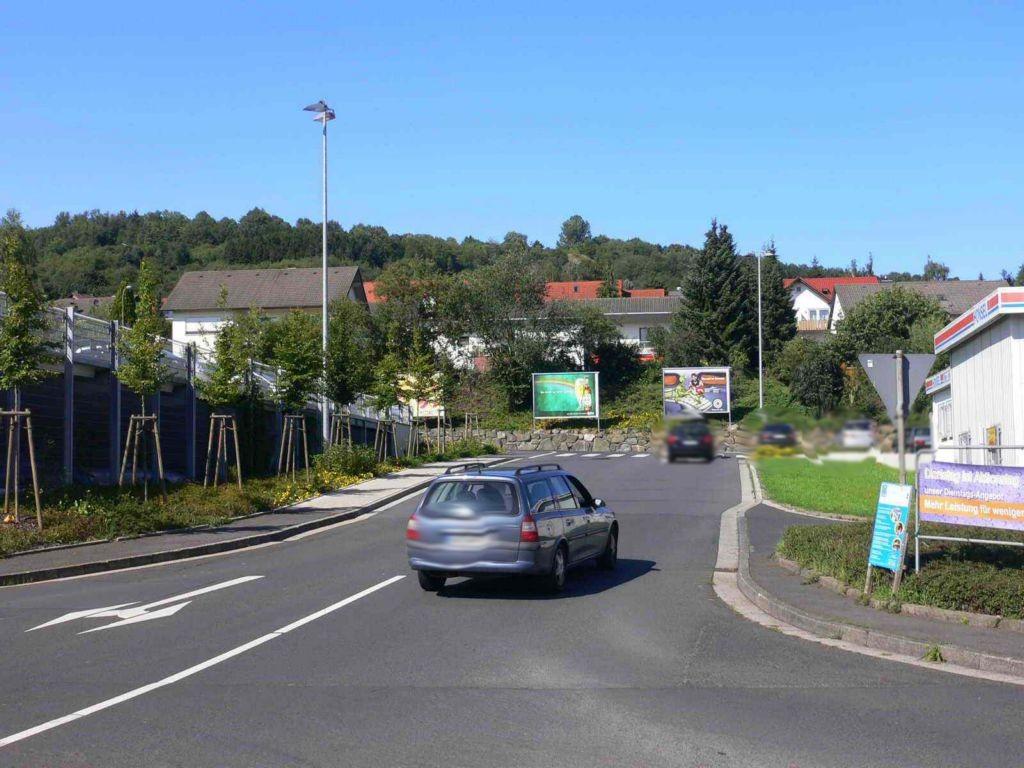 August-Vilmar-Str. 29 gg. Einfahrt rechts