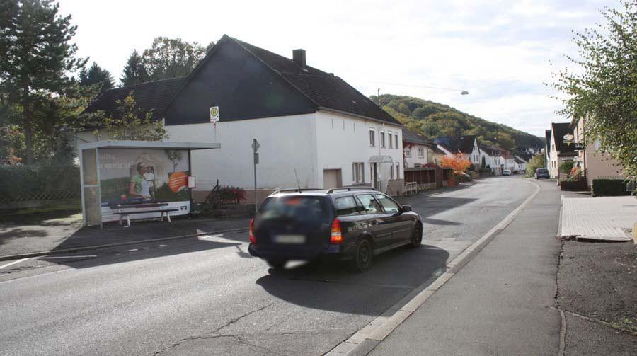 Weierbacher Str.  Gemeindehaus