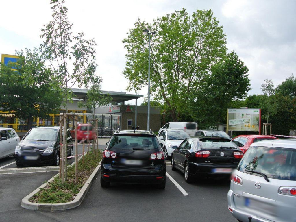 Forstbachweg 47 (P) li.