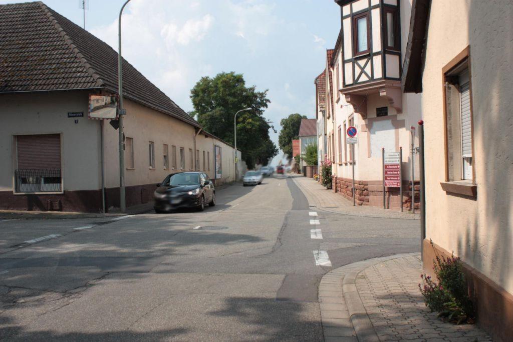 Hauptstr. gg. Nr. 9