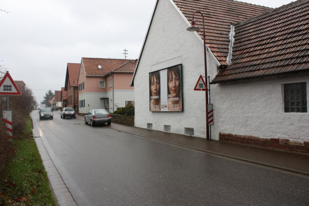 Bahnhofstr. / Hauptstr. 2