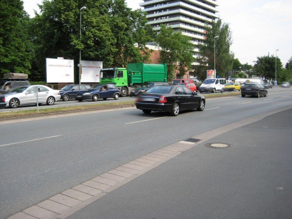 Bayreuther Str. (B 85)  / Melkendorfer Str.