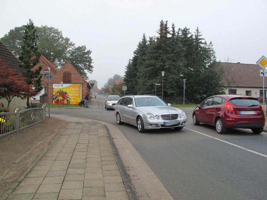 Am Rathaus / Rotdornweg