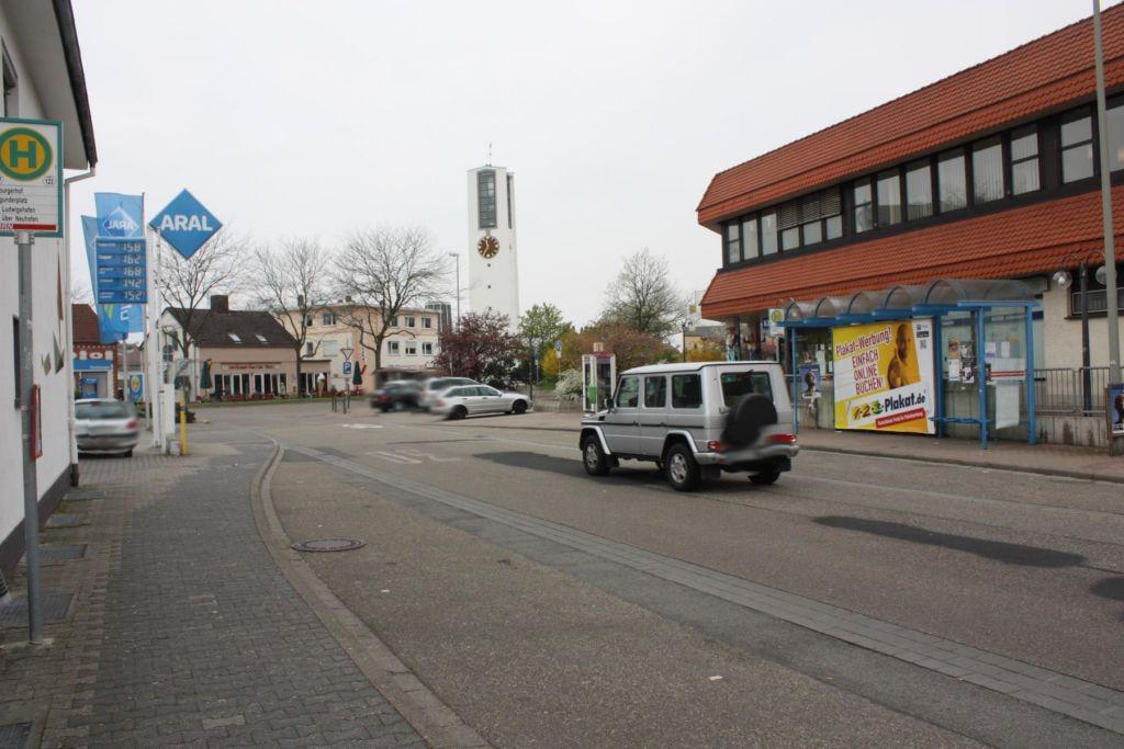 Neuhofener Str. Rathaus