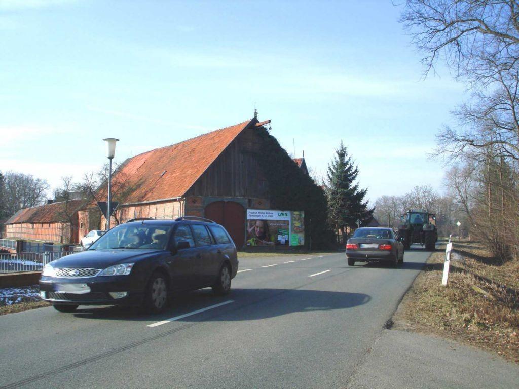 Gorlebener Str. / Im Dorf 3