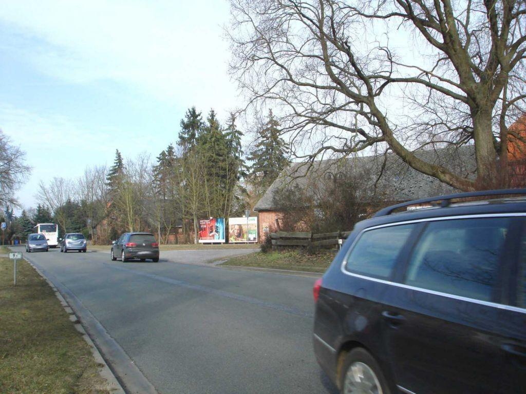 Am Rott (B 248)  gg. Beutower Weg