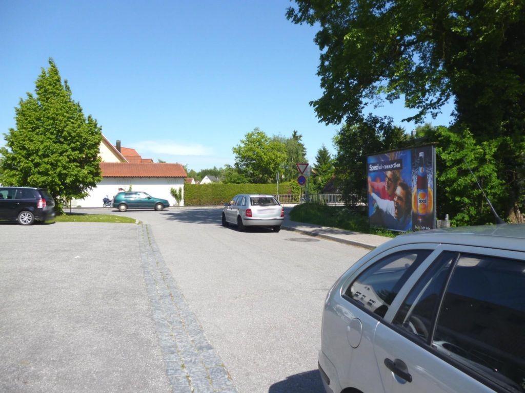 Abensberger Str. / Promenade Weg