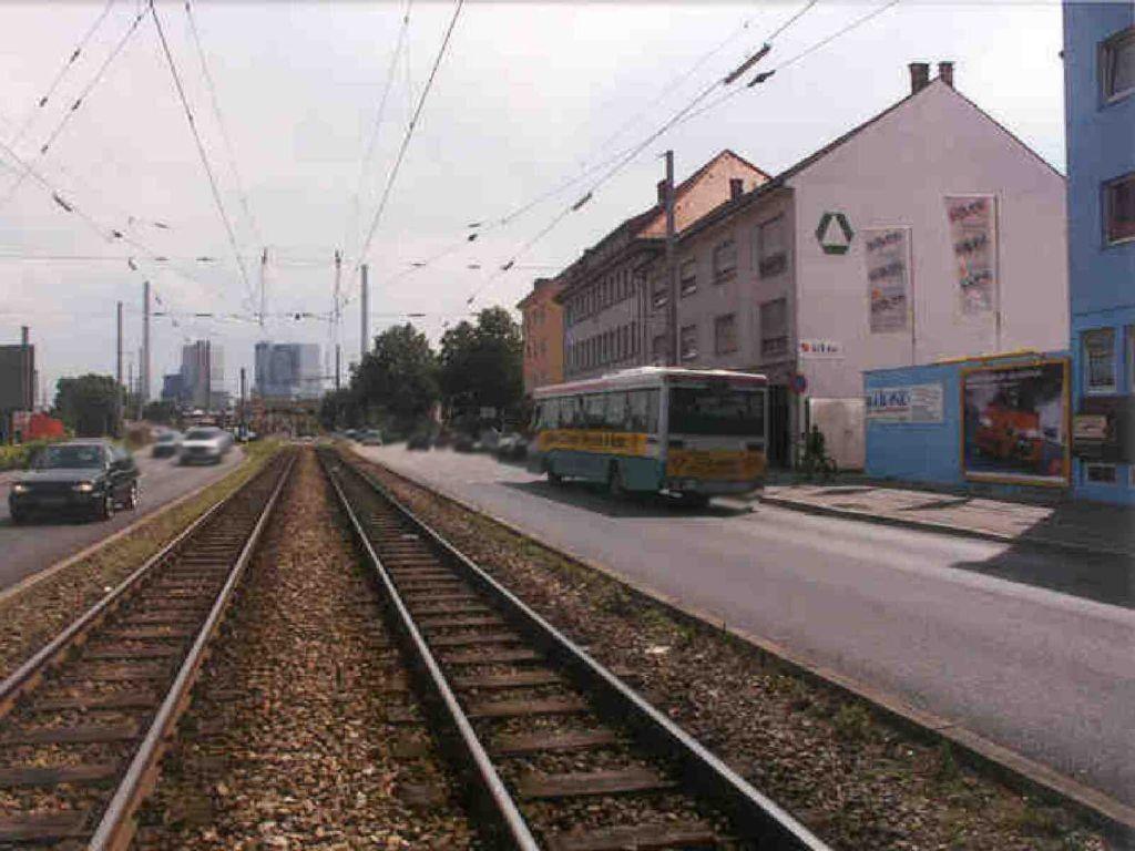 Neckarauerstr. 9 - geg. Bhf Neckarau