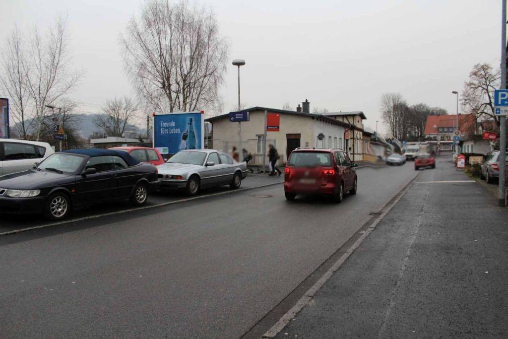Frauenbergstr.  /Eing. Süd-Bhf / li. RS