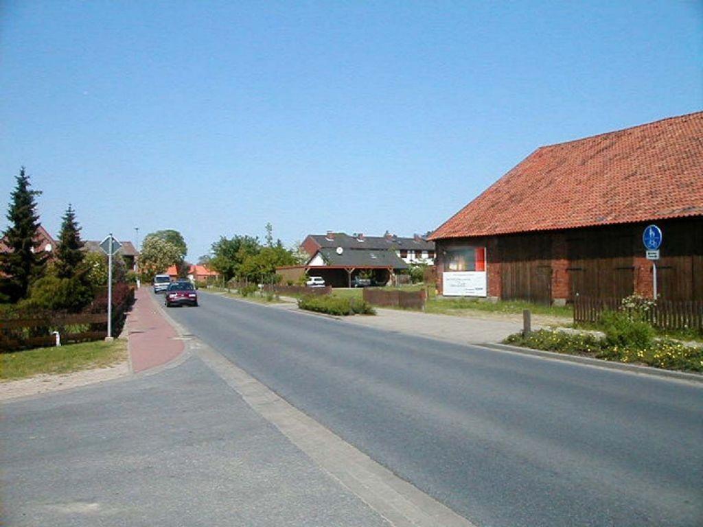 Elbuferstr. 46 gg. Langenhakenweg E 1