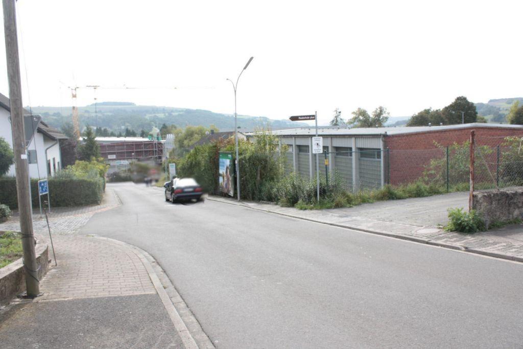 Deslocher Str.  FC Meisenheim