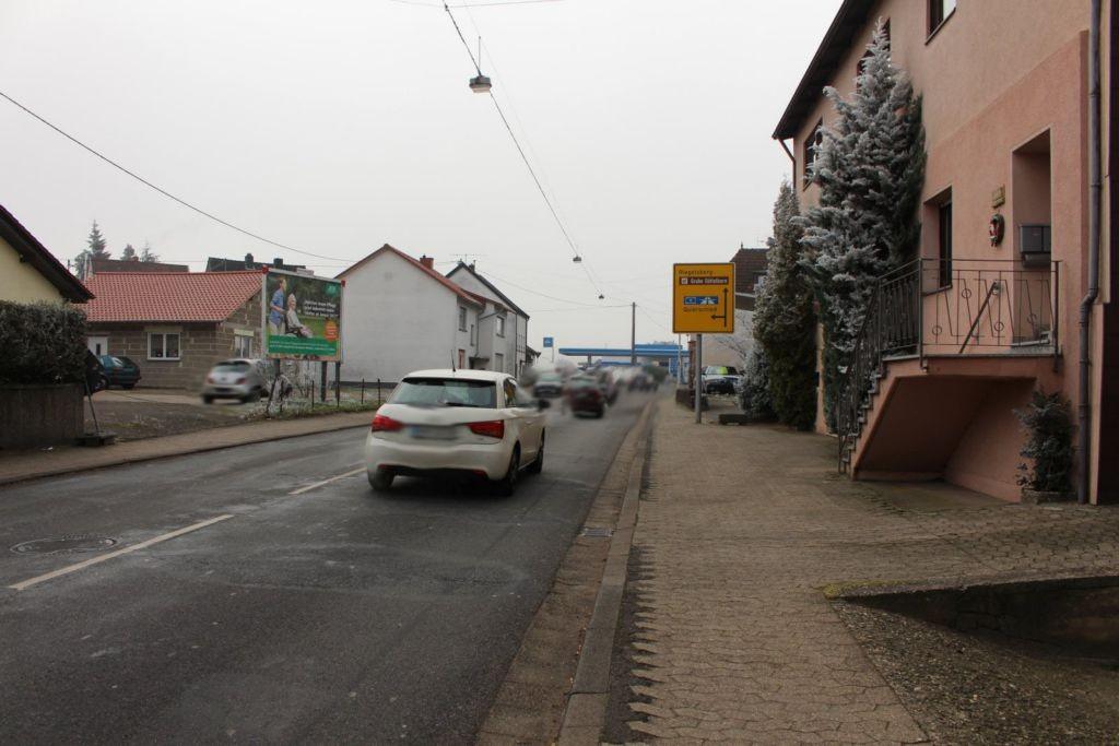 Hauptstr. 235 (L 128)  li.