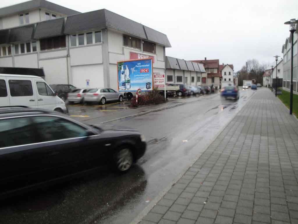 Jakobstr.  / Bahnhofstr. 22 Einf. >REWE< quer RS