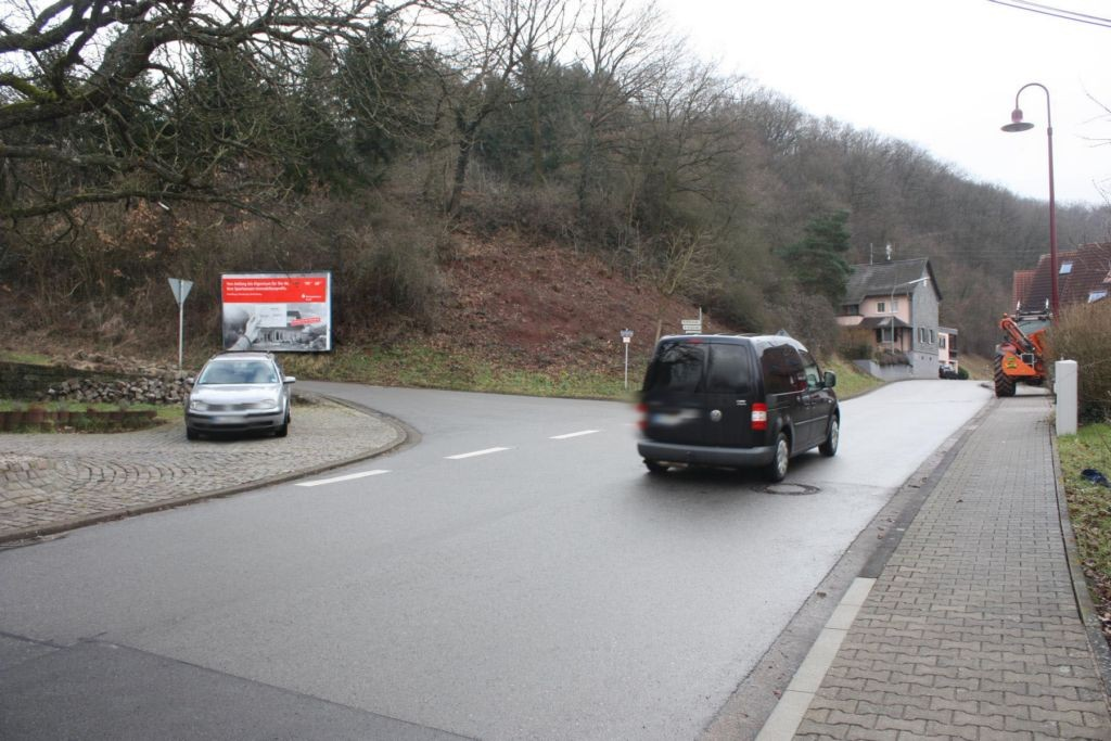 Kurpfalzstr. 27  / Katzenbacher Str. quer