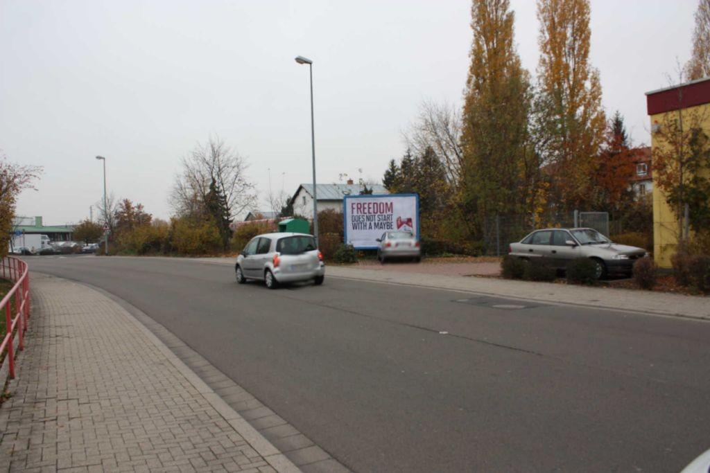 Chemnitzer Str.  geg. Hs.-Nr. 33 / Media-Markt / Einf. Gartencenter