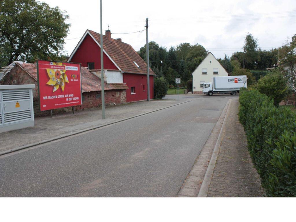 In den Hofäckern / Hauptstr.