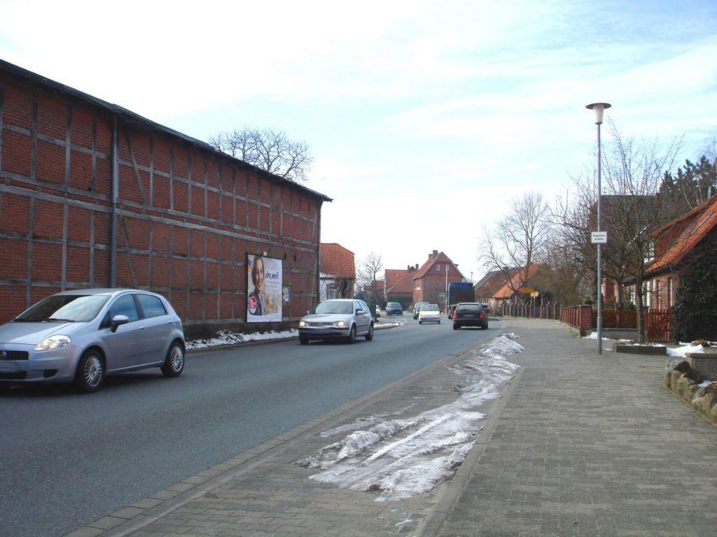 Hauptstr. 15 (B 191)