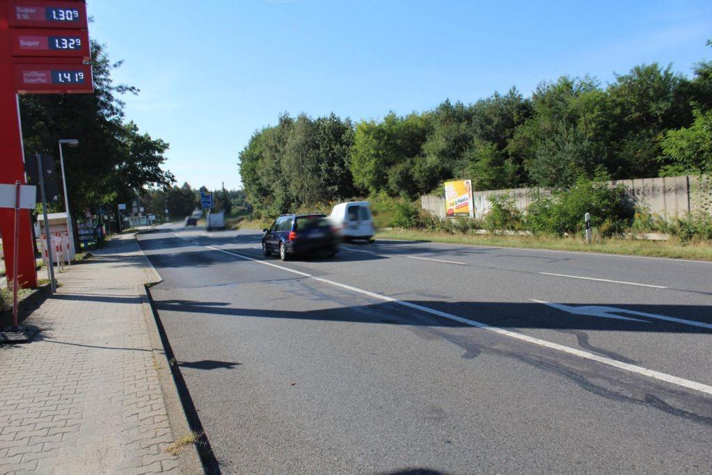Dresdner Str. (B 97)  / geg. Tankstelle li.