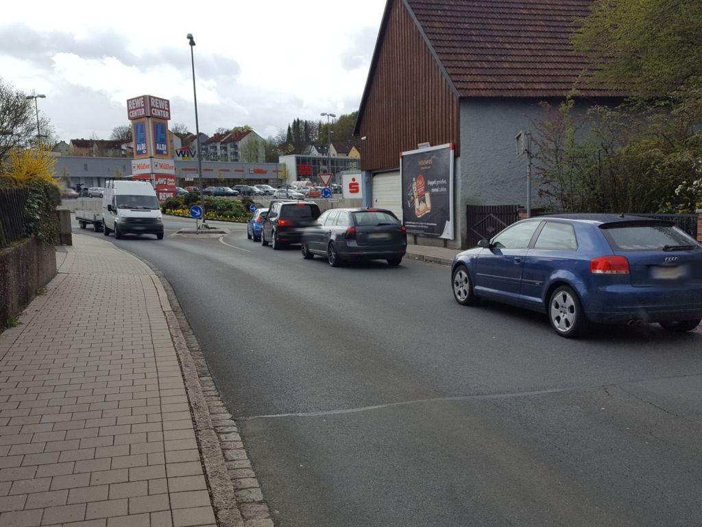 Nürnberger Str.  (B 2 / B 85) Galgengasse 16 par.