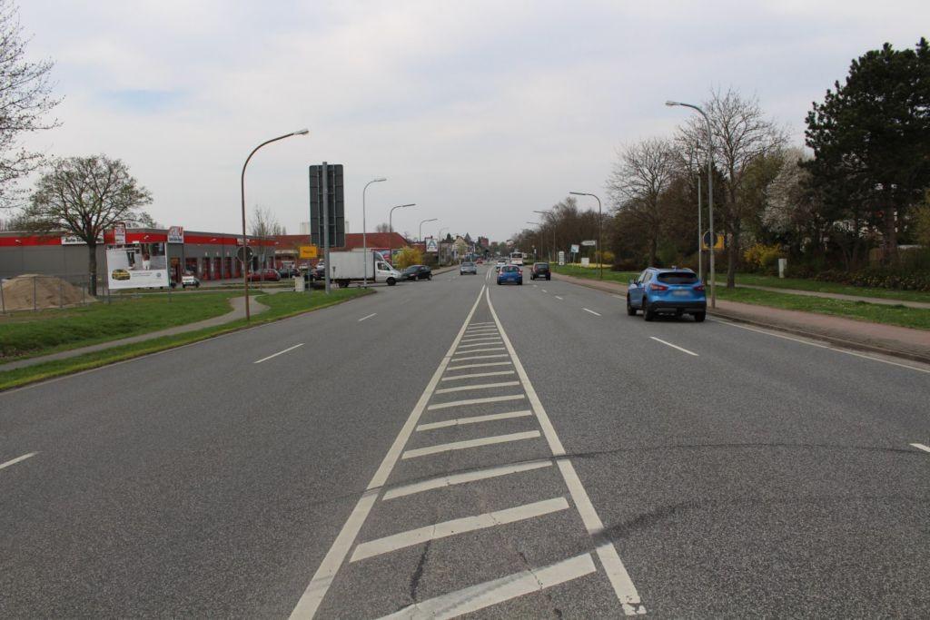 Ilseder Str. / Am VFB-Platz 2 li.