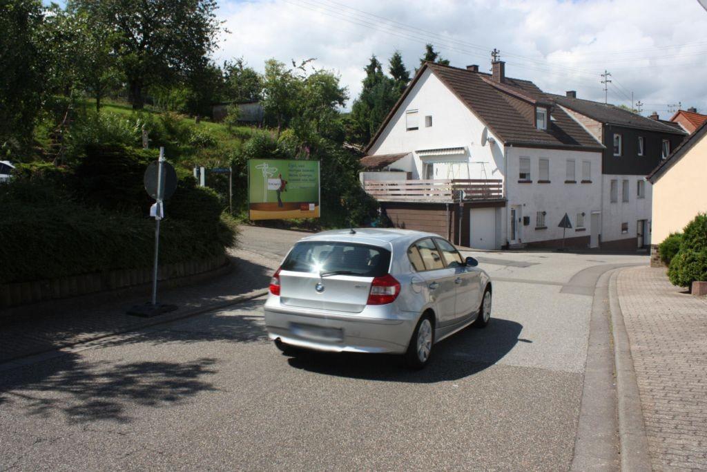 Pirmasenserstr.  / Staffelhofer Weg
