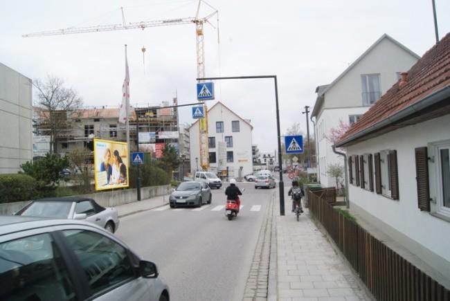 Kellerstr. 10  ggb. Fußgängerüberweg