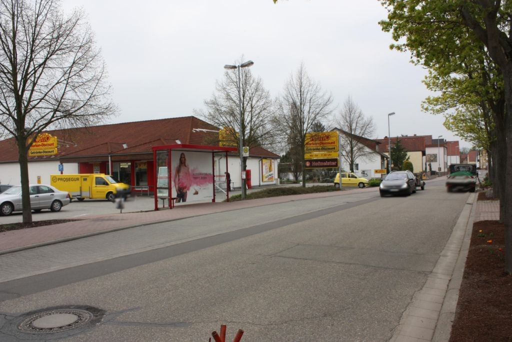 Hauptstr. 67  / Netto-Markt
