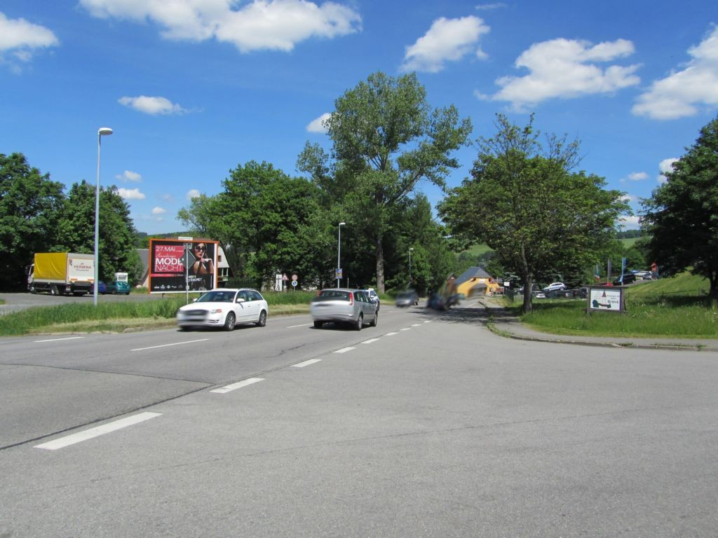 Schwarzenberger Str.  (B 101)   gg. Einf. Diska-Markt