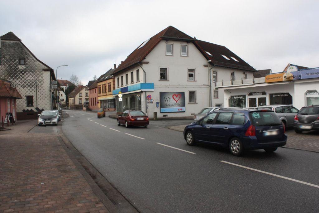 Glanstr. 37 (B 423) / Schneidergasse quer