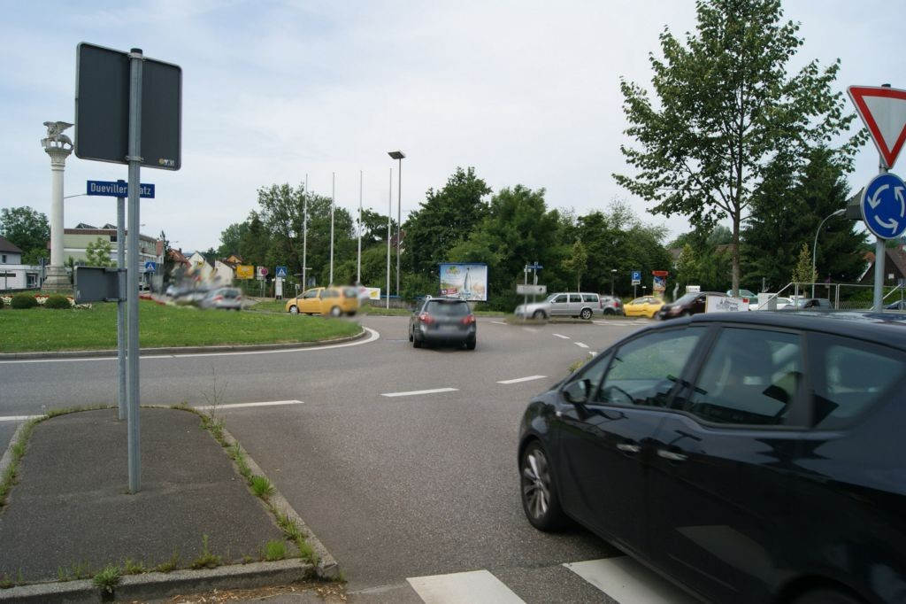 Dueviller Platz  / Winnender Str.